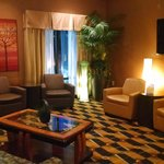 Comfort Suites At WestGate Mall Foto