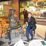 Fernando Pessoa e o Café a Brasileira