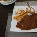 t-bon steak with pepper sause