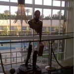 La statue dans le hall d'accueil