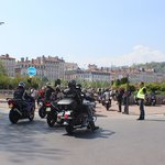 Bellecour recebendo motociclistas