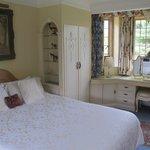 Desmet Guest Room