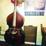 Double bass in the lounge