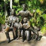Erwin Family in bronze