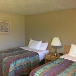 Chambre double avec deux lits doubles