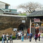 Na Tcha temple with old city walls