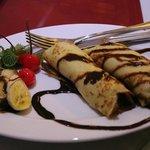 朝食のパンケーキ(バナナ・チョコレート)