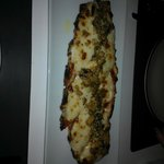 Smoked mozarella on toast with mushrooms