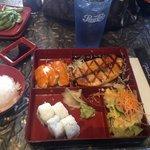Thon sauce BBQ; Maki crabe/avocat; saumon teriyaki