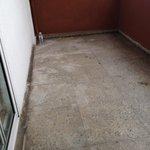 Estado del suelo de la terraza de la habitación