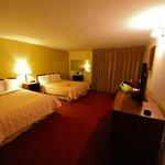 Kamar Hotel dengan Double Queen Bed