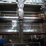 Portico de la Gloria en restauro