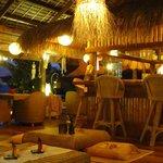 lounge / bar / restaurant