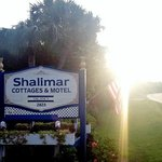 Shalimar Cottages and Motel