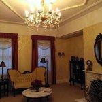 Bybee Historic Inn Living Room