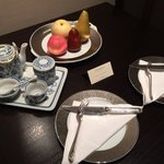 Chinese Tea set and welcome fruit.