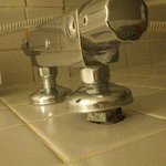 Løse deler på dusjbatteriet!