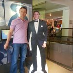 With 007 at the entrance of the spy store