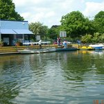 Lee Valley Boat Centre  |  Old Nazing Road, Broxbourne EN10 6LX, England