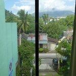 Uitzicht vanuit kamer 3b