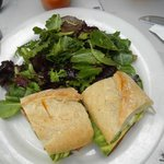 Tofu sandwich with side green salad