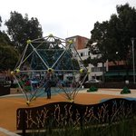 Juegos para niños en Parque de la 93