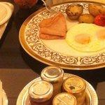 Eggs, turkey ham and potatoes