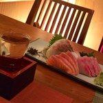 Sashimi platter + sake (Tedorigawa)