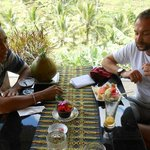 I enjoyed my lunch at Tegalalang with my guide Nyoman, it was so wonderful, I am French People