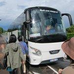 アンボワース城・・・中州のツアーバスは我々の1台のみラッキー!