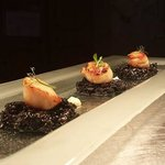 Scallops and squid ink risotto