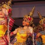 Dancing show at Sala Rim Nam Restaurant