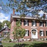 Black Walnut Inn, Amherst, MA