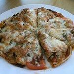 Chicken pizza.