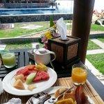 breakfast pool