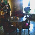 Чудесная гостиная-столовая