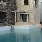 Appartement donnant directement sur piscine