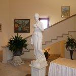 Scalinata con statua