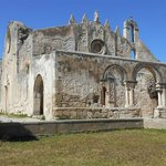 Chiesa sovrastante le catacombe, veduta dall'esterno.