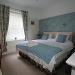 triple room superking bed ensuite
