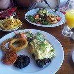 Rip Eye Steak Oscar with asparagus and crab hollandaise sauce