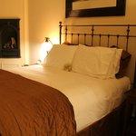 Chamberlin Inn: Honeymoon Suite