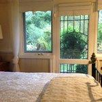 Garden View suite- Brentwood B&B.