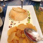 Baked brie and pears