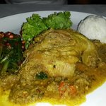 A very nice meal... the duck is very tender and well-marinated, come with veggies and rice on th
