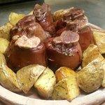 stinchi all aceto balsamico e patate al forno