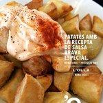 Patates braves amb salsa especial