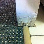 rusty skirting board 2
