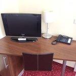 TV und Tisch