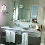 Bathroom 507